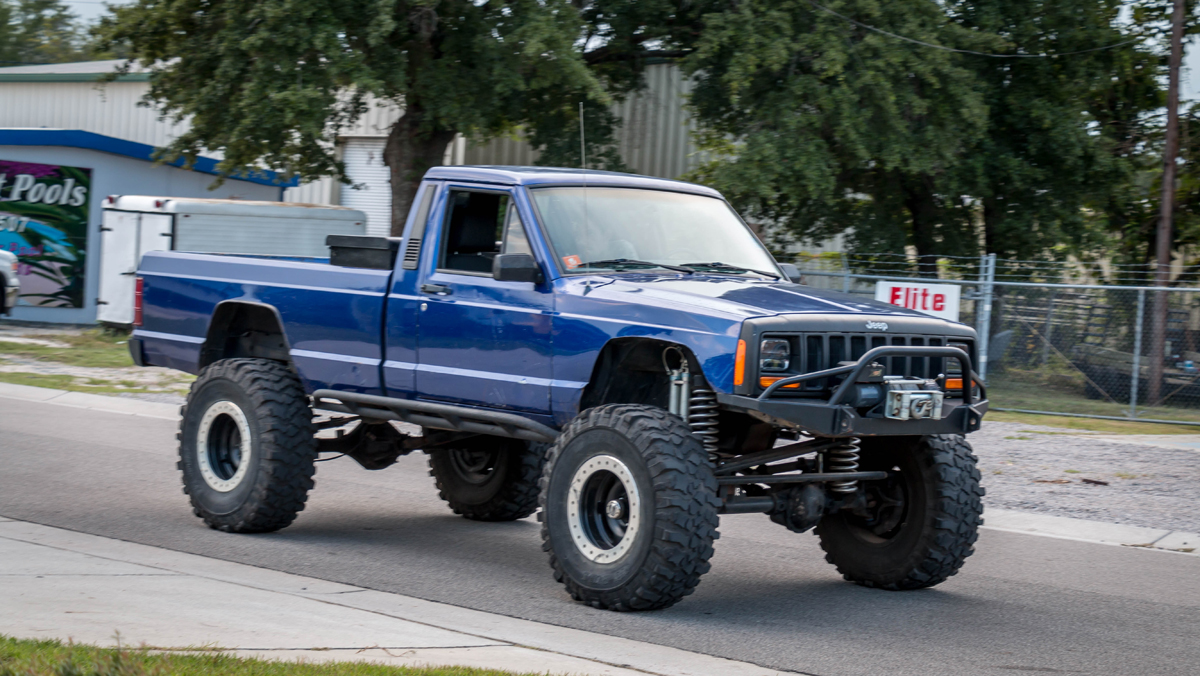 Custom 1986 Jeep Comanche